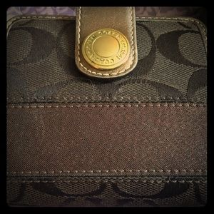 Coach wallet metallic bronze